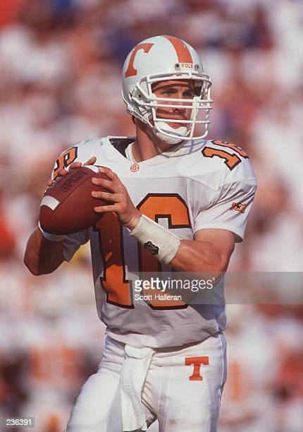 Quarterback Peyton Manning sets to throw a pass during the Volunteers 6237 loss to the University of Florida at Florida Field in Gainesville Florida...