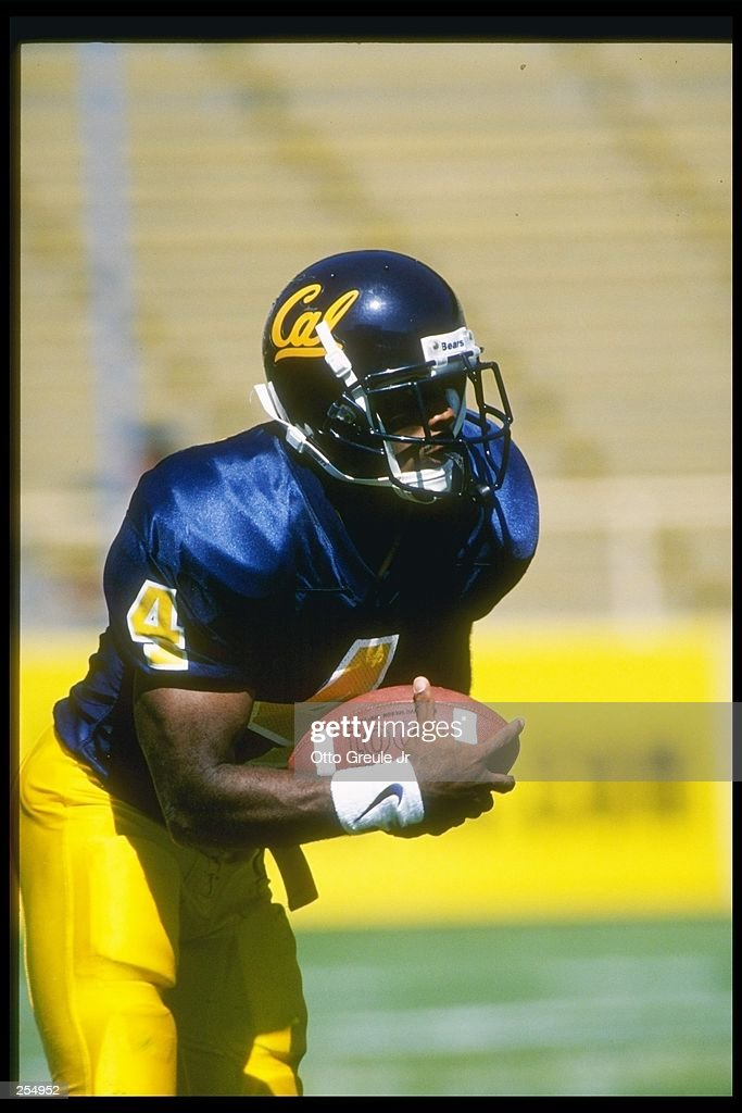 Wide receiver Na''il Benjamin of the California Bears runs down the field during a game against the Oregon State Beavers at Memorial Stadium in...