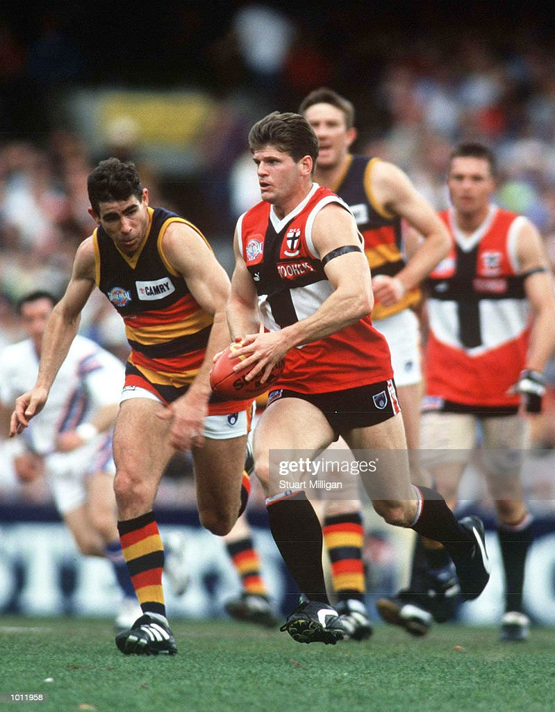 Robert Harvey of St Kilda in action, in the 1997 AFL Grand Final match between the Adelaide Crows and St Kilda, played at the Melbourne Cricket Ground, Melbourne, Australia. Adelaide defeated St Kilda. Mandatory Credit: Stuart Milligan/ALLSPORT