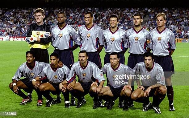 Barcelona line up to face Fiorentina in the UEFA Champions League group B match at the Nou Camp in Barcelona Spain Barcelona won 42 Mandatory Credit...