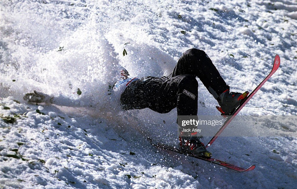 Daniel Murphy of Canada crashes heavily during his second jump during the second round of the 1999/2000 world cup aerials season, at Mount Buller, Australia. Murphy was not seriously injured and finished in eleventh place in the mens section. Mandatory Credit: Jack Atley/ALLSPORT