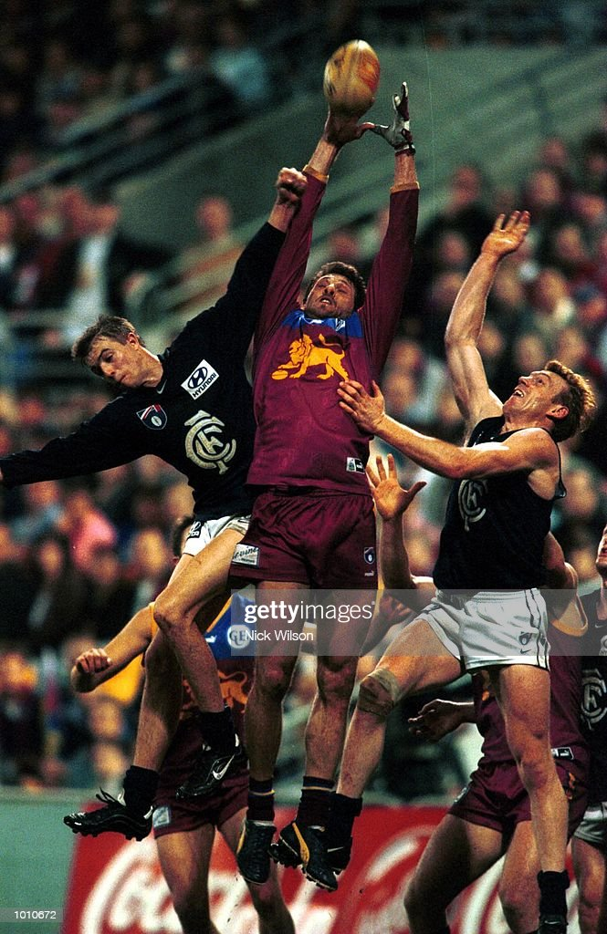 Darryl White of Brisbane Lions takes a mark over Carlton during the second AFL qualifying final between the Brisbane Lions and Carlton at The Gabba, Brisbane, Australia. Brisbane won the game 20.18.138 to 8.17.65. Mandatory Credit: Nick Wilson/ALLSPORT