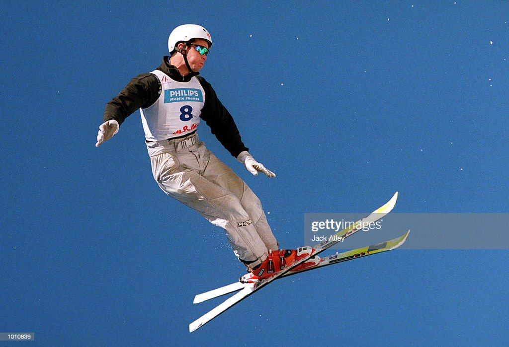 David Belhumeur of Canada flies above the Mount Buller world cup aerials site during the first round of the 1999/2000 world cup aerials season, at Mount Buller, Australia. Belhumeur finished fifth in the mens section. Mandatory Credit: Jack Atley/ALLSPORT