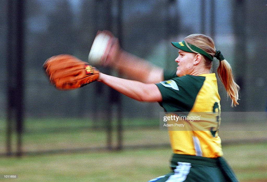 Leanne Tyler of Australia in action during the test match between Australia v New Zealand at the NSW Softball complex in Parklea,Sydney Australia. Mandatory Credit: Adam Pretty/ALLSPORT
