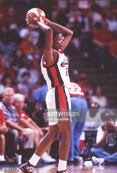 Sheryl Swoopes of the Houston Comets in action during the Comets 5947 victory over the New York Liberty in the WNBA Championship Game at the Compaq...