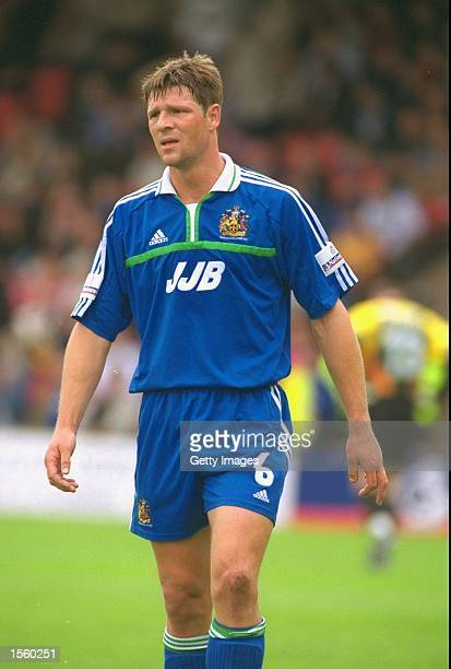Arjan de Zeeuw of Wigan in action during the Nationwide League Division Two match against Walsall at the Bescot Stadium in Walsall England Walsall...