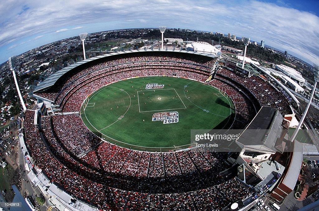 General View of the 2000 AFL Grand Final match between Essendon Bombers v Melbourne Demons at the MCG, Melbourne Australia. DIGITAL IMAGE Mandatory Credit: Tony Lewis/ALLSPORT