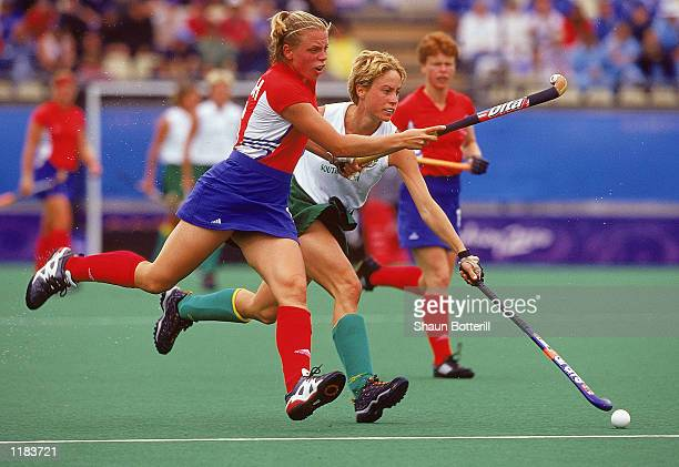 Kate Walsh of Great Britain in action during the Womens Hockey match against South Africa at the State Hockey Centre on Day 10 of the Sydney 2000...