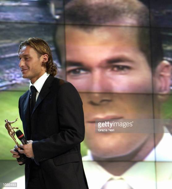 Francesco Totti of Roma and Zinedine Zidane of Real Madrid attending the Italian footballer of the year awards in Parma Italy DIGITAL CAMERA...