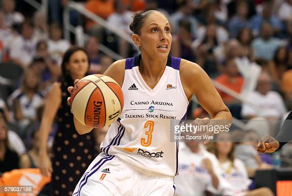 Mercury Guard Diana Taurasi drives to the basket The Phoenix Mercury host the Minnesota Lynx in the 3rd game of the Western Conference Finals played...