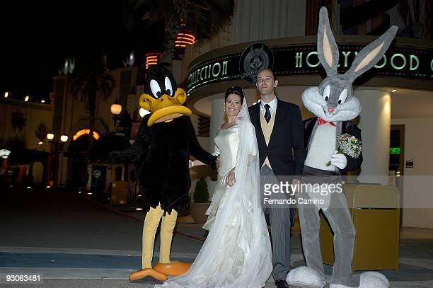 September 072006 San Martin de la Vega Warner Bross Park Madrid Anabel Merino and alvaro Beltran get married for the first time in the Russian...