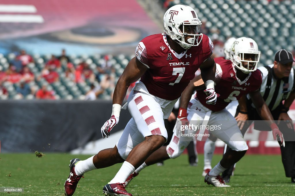 Temple Owls defensive lineman Haason Reddick (7) during a NCAA Football game between Stony Brook Seawolves and the Temple Owls at Lincoln Financial Field in Philadelphia, PA.