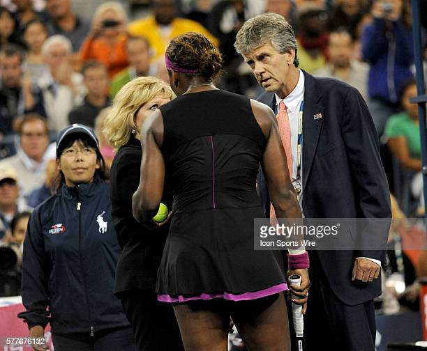 L to R USTA line judge Donna Kelso Serena Williams Brian Early Serena Williams speaks to Referee Brian Early and Grand Slam Supervisor Donna Kelso...