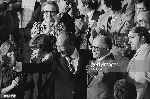 September 18 1978 Egyptian President Anwar Sadat and Israeli Prime Minister Menachem Begin acknowledge applause during a Joint Session of Congress in...