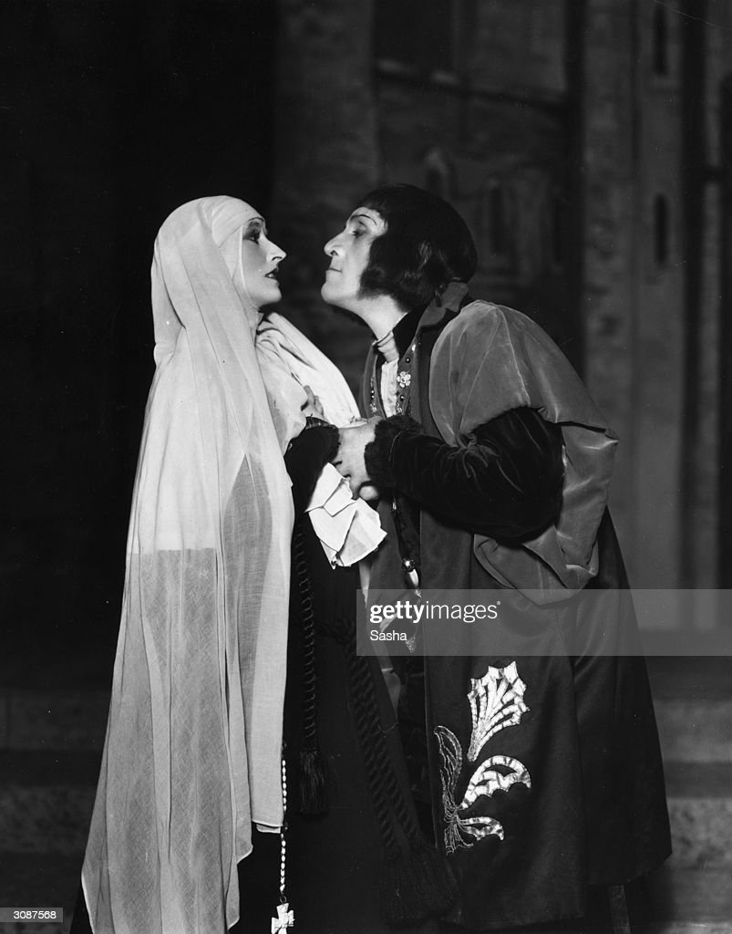 Madge Compton as Lady Anne Neville and Balliol Holloway as Richard III.