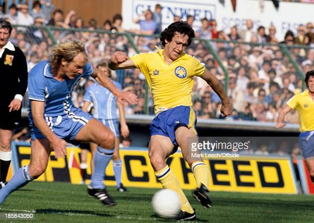 23 September 1978 English Football League Division One Coventry City v Leeds United Byron Stevenson of Leeds shoots as Terry Yorath challenges
