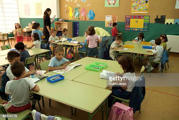 12 September 2005 Villaverde Madrid Daily life the first day of the school year 20052006 in the The Espinillo School of the district of Villaverde...