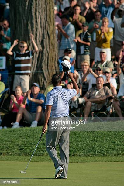 PGA Pro Tiger Woods tips his cap to the fans after finishing the 3rd round of the BMW Golf Classic at Cog Hill Golf Club in Lemont Illinois Woods...