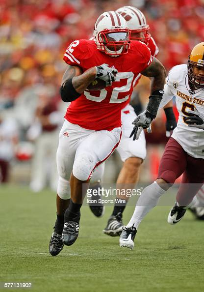 Wisconsin Badgers running back John Clay runs with the ball in game action The Wisconsin Badgers defeated the Arizona State Sun Devils by the score...