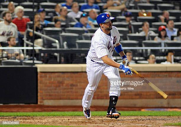01 September 2015 New York Mets First Baseman Michael Cuddyer [2799] lines a base hit during the game between the Philadelphia Phillies and the New...