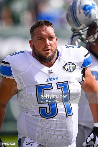 Detroit Lions center Dominic Raiola prior to a NFL football game between the Detroit Lions and the New York Jets at MetLife Stadium in East...