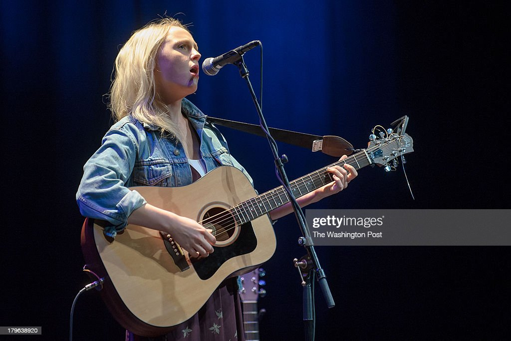 WASHINGTON, DC - September 4th, 2013 - Acclaimed singer/songwriter Laura Marling headlines the first night of the newly reopened Lincoln Theater in Washington, D.C. Marling won Best Female Solo Artist at the 2011 Brit Awards and was nominated for the same award in 2012.