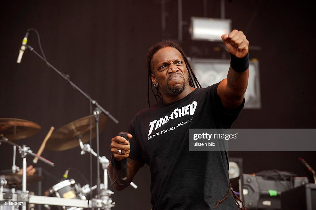 <a gi-track='captionPersonalityLinkClicked' href=/galleries/search?phrase=Sepultura&family=editorial&specificpeople=3020615 ng-click='$event.stopPropagation()'>Sepultura</a> - Band, Death-Metal, Brasilia - Singer Derrick Leon Green performing at Wacken Open Air in Wacken, Germany - Editorial-use-only!