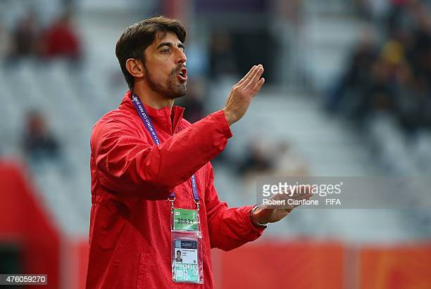 Serbian coach Veljko Paunovic gestures during the FIFA U20 World Cup New Zealand 2015 Group D match between Serbia and Mexico at Otago Stadium on...