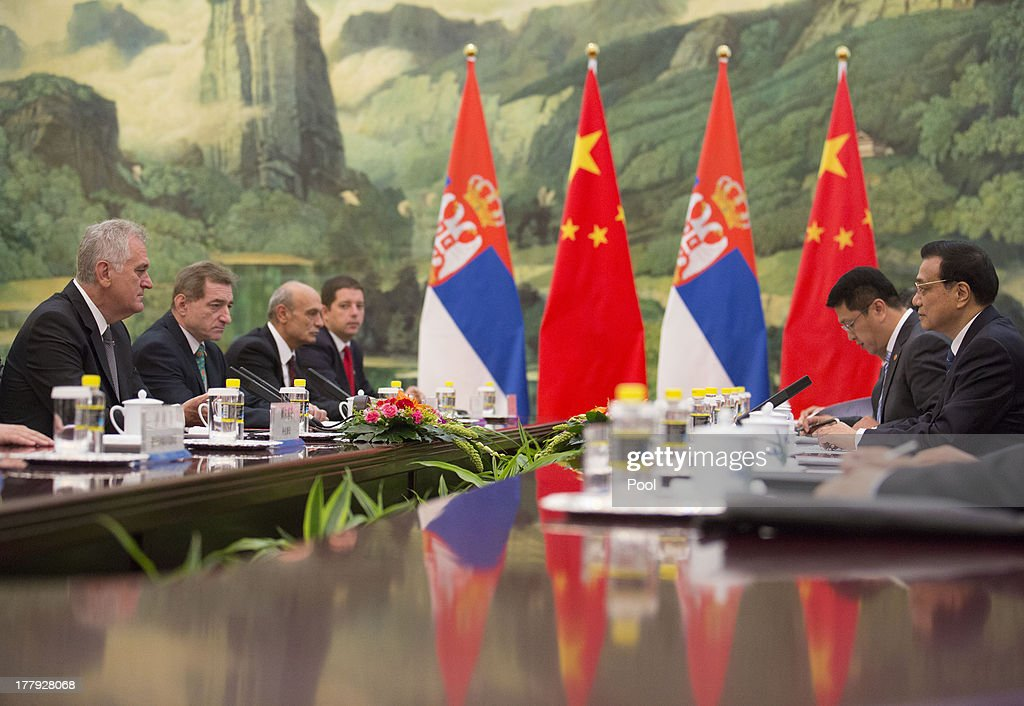 Serbian President Tomislav Nicolic (L) and Chinese Premier Li Keqiang (R) hold talks at the Great Hall of the People on August 26, 2013 in Beijing, China. Nicolic is on a five day visit to China to bolster economic and diplomatic ties.