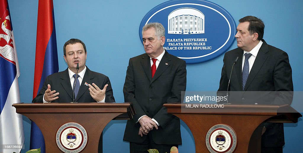 Serbia's President Tomislav Nikolic (C), accompanied by his Prime Minister Ivica Dacic (L), and the president of Bosnia's Serb entity 'Republika Srpska' Milorad Dodik (R), give a joint press conference in the Western-Bosnian town of Banja Luka, on December 26, 2012. Nikolic and Dacic are on a one-day un-official visit.