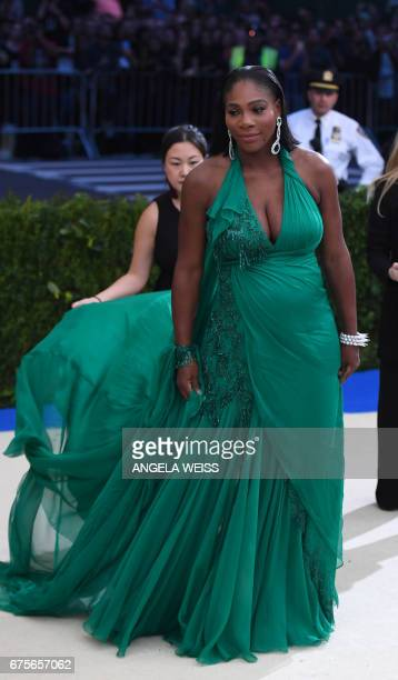Serena Williams arrives for the Costume Institute Benefit on May 1 2017 at the Metropolitan Museum of Art in New York / AFP PHOTO / ANGELA WEISS