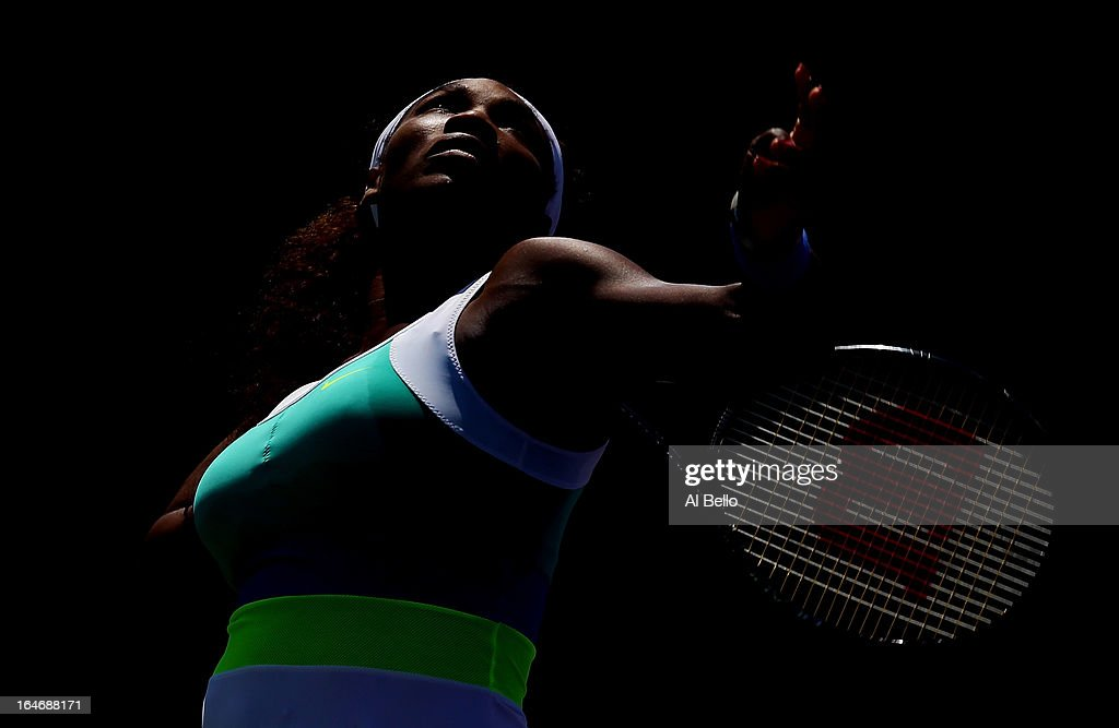 Serena Williams of the USA serves against Na Li of China during Day 9 of the Sony Open at the Crandon Park Tennis Center on March 26, 2013 in Key Biscayne, Florida.