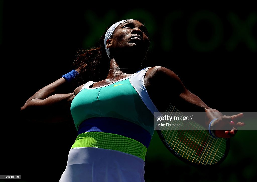 Serena Williams plays a match against Li Na of China during Day 9 of the Sony Open at Crandon Park Tennis Center on March 26, 2013 in Key Biscayne, Florida.