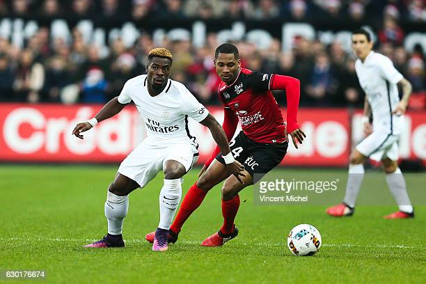 Serge Aurier of Paris Saint Germain and Marcus Coco of Guingamp during the French Ligue 1 match between Guingamp and Paris Saint Germain at Stade du...