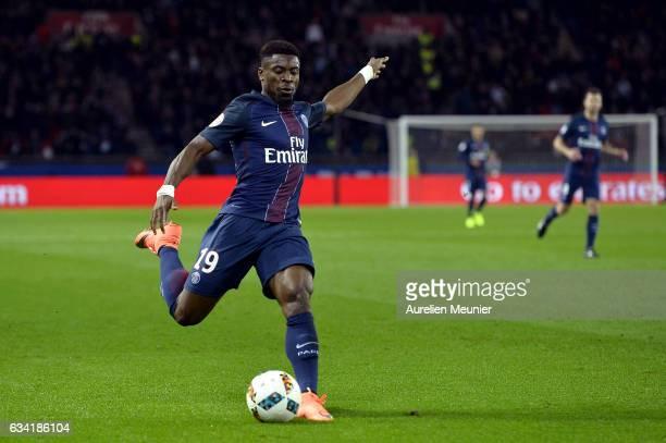 Serge Aurier of Paris SaintGermain kicks the ball during the Ligue 1 match between Paris SaintGermain and Lille OSC at Parc des Princes on February 7...