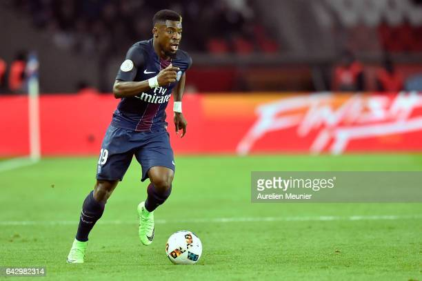 Serge Aurier of Paris SaintGermain runs with the ball during the Ligue 1 match between Paris SaintGermain and Toulouse FC at Parc des Princes on...