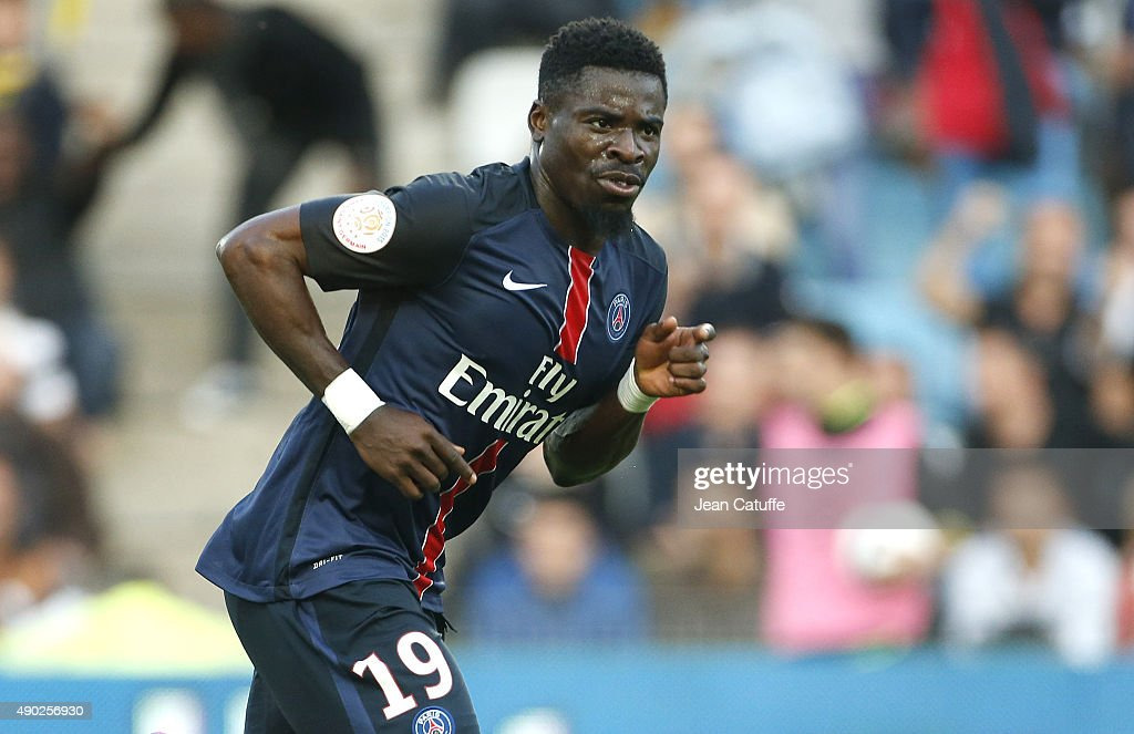 <a gi-track='captionPersonalityLinkClicked' href=/galleries/search?phrase=Serge+Aurier&family=editorial&specificpeople=6716046 ng-click='$event.stopPropagation()'>Serge Aurier</a> of PSG celebrates his goal during the French Ligue 1 match between FC Nantes and Paris Saint-Germain (PSG) at Stade de la Beaujoire on September 26, 2015 in Nantes, France.