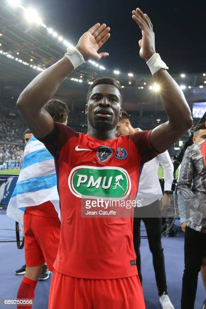 Serge Aurier of PSG celebrates the victory following the French Cup final between Paris SaintGermain and SCO Angers at Stade de France on May 27 2017...
