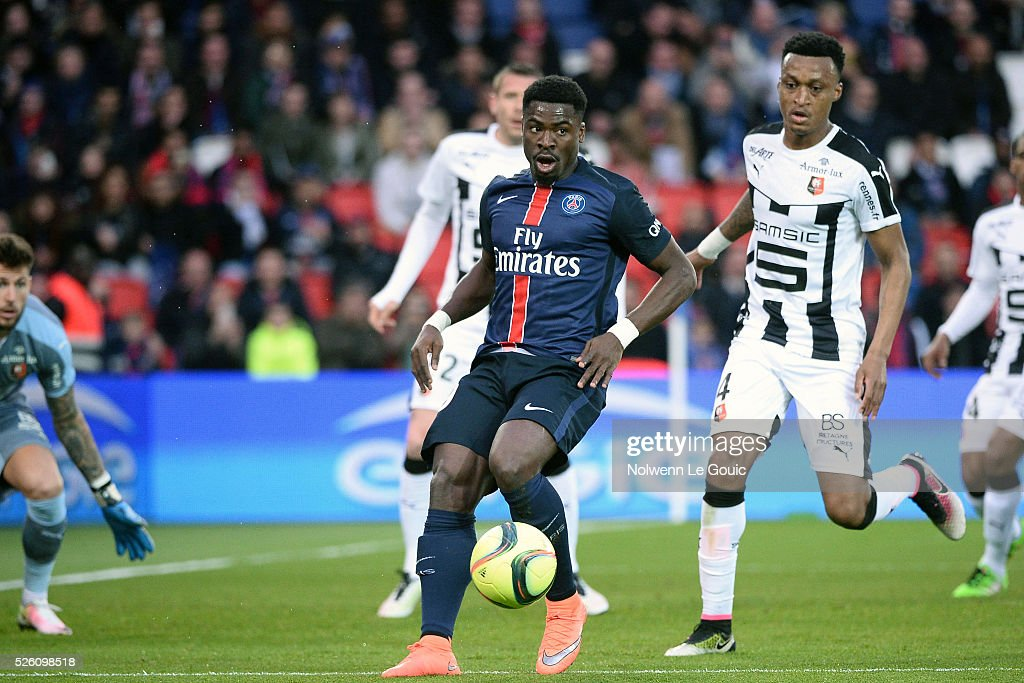 Serge AURIER of PSG during the French Ligue 1 match between Paris Saint Germain PSG and Stade Rennais at Parc des Princes on April 29, 2016 in Paris, France.