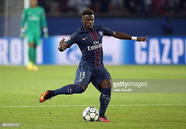 Serge Aurier of PSG in action during the UEFA Champions League group phase match between Paris SaintGermain and Arsenal FC at Parc des Princes on...