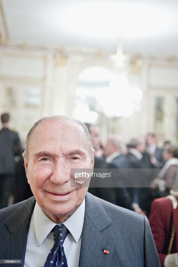 <a gi-track='captionPersonalityLinkClicked' href=/galleries/search?phrase=Serge+Dassault&family=editorial&specificpeople=780308 ng-click='$event.stopPropagation()'>Serge Dassault</a> after being awarded at the Art Patrons Celebration at Ministere de la Culture on November 16, 2011 in Paris, France.