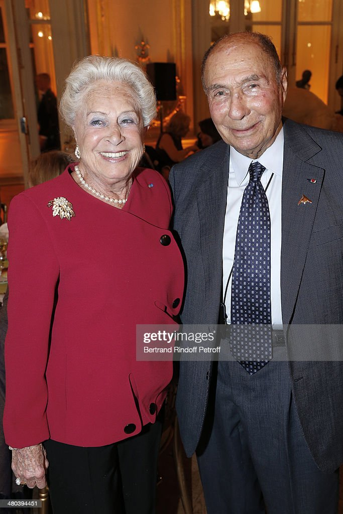 <a gi-track='captionPersonalityLinkClicked' href=/galleries/search?phrase=Serge+Dassault&family=editorial&specificpeople=780308 ng-click='$event.stopPropagation()'>Serge Dassault</a> (R) and his wife attend the dinner party of the Societe Des Amis Du Musee D'Orsay (The Friends of Orsay Museum Society) at Musee d'Orsay on March 24, 2014 in Paris, France.