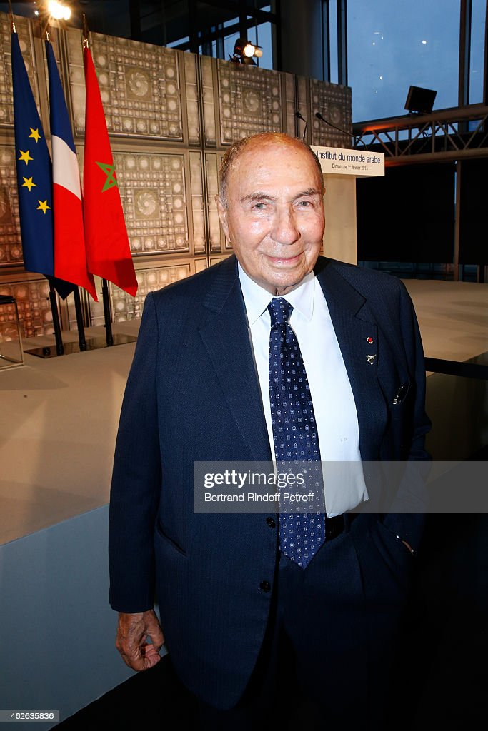 <a gi-track='captionPersonalityLinkClicked' href=/galleries/search?phrase=Serge+Dassault&family=editorial&specificpeople=780308 ng-click='$event.stopPropagation()'>Serge Dassault</a> attends HRH The Princess Lalla Meryem of Morocco delivers the insignia of the Order of the Throne. Held at Institut du Monde Arabe on February 1, 2015 in Paris, France.