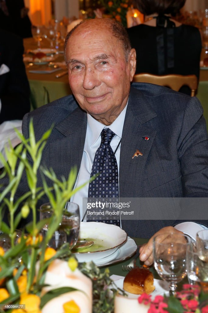 <a gi-track='captionPersonalityLinkClicked' href=/galleries/search?phrase=Serge+Dassault&family=editorial&specificpeople=780308 ng-click='$event.stopPropagation()'>Serge Dassault</a> attends the dinner party of the Societe Des Amis Du Musee D'Orsay (The Friends of Orsay Museum Society) at Musee d'Orsay on March 24, 2014 in Paris, France.