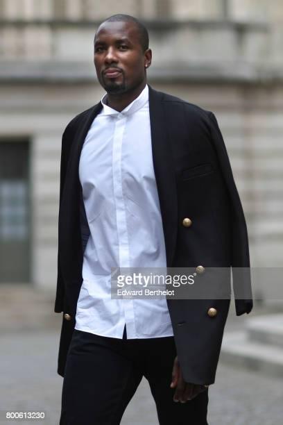 Serge Ibaka attends the Balmain Menswear Spring/Summer 2018 show as part of Paris Fashion Week on June 24 2017 in Paris France