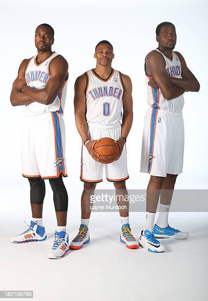 ¿Cuánto mide Russell Westbrook? - Estatura real: 1,91 - Real height Serge-ibaka-russell-westbrook-and-kevin-durant-poses-for-a-portrait-picture-id182109795?s=612x612