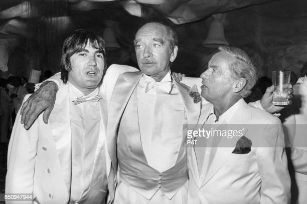 Serge Lama et Guy Lux lors du mariage d'Eddie Barclay en juin 1982 France