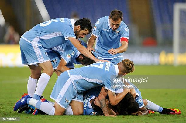 Sergej Milinkovic Savic of SS Lazio celebrates with team mates after scoring during of the Serie A match between SS Lazio and Pescara Calcio at...