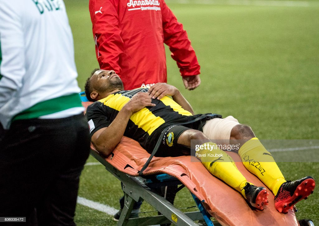 Serge-Junior Martinsson Ngouali of Hammarby IF is taken out on stretcher during the Allsvenskan match between Orebro SK and Hammarby IF at Behrn Arena on August 21, 2017 in Orebro, Sweden.