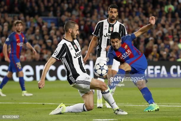 Sergi Roberto of FC Barcelona Leonardo Bonucci of Juventus FC Sami Khedira of Juventus FC Luis Suarez of FC Barcelonaduring the UEFA Champions League...
